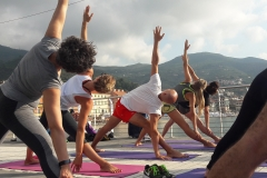 2-essere-free-yoga-gratuito-benessere-per-tutti-village-citta-alassio-estate-lucia-ragazzi-summer-town-wellness-055