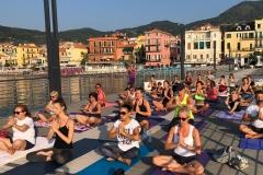 5-essere-free-yoga-gratuito-benessere-per-tutti-village-citta-alassio-estate-lucia-ragazzi-summer-town-wellness-001