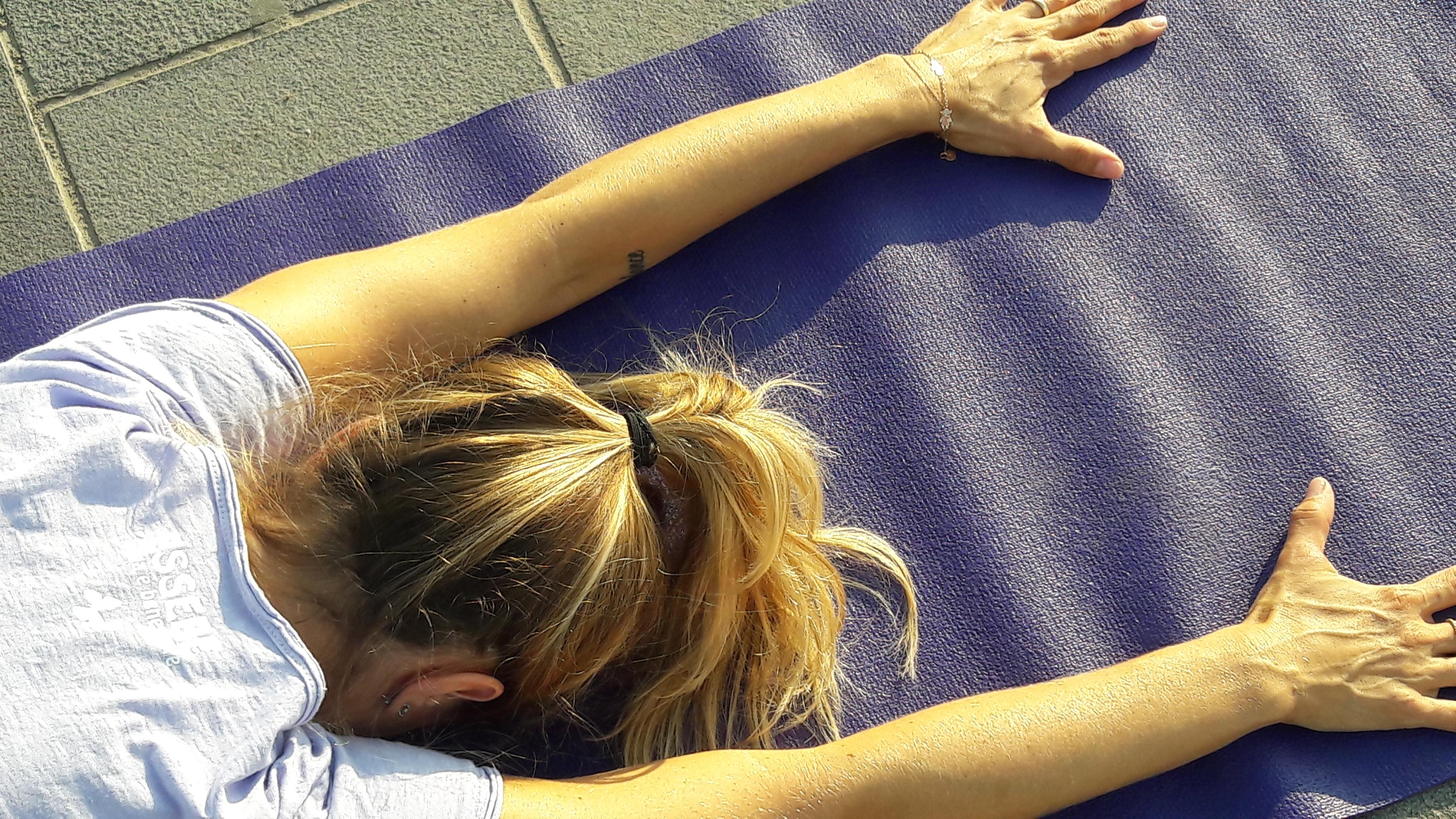 1_essere-free-yoga-gratuito-benessere-per-tutti-village-citta-alassio-estate-lucia-ragazzi-summer-town-wellness-105