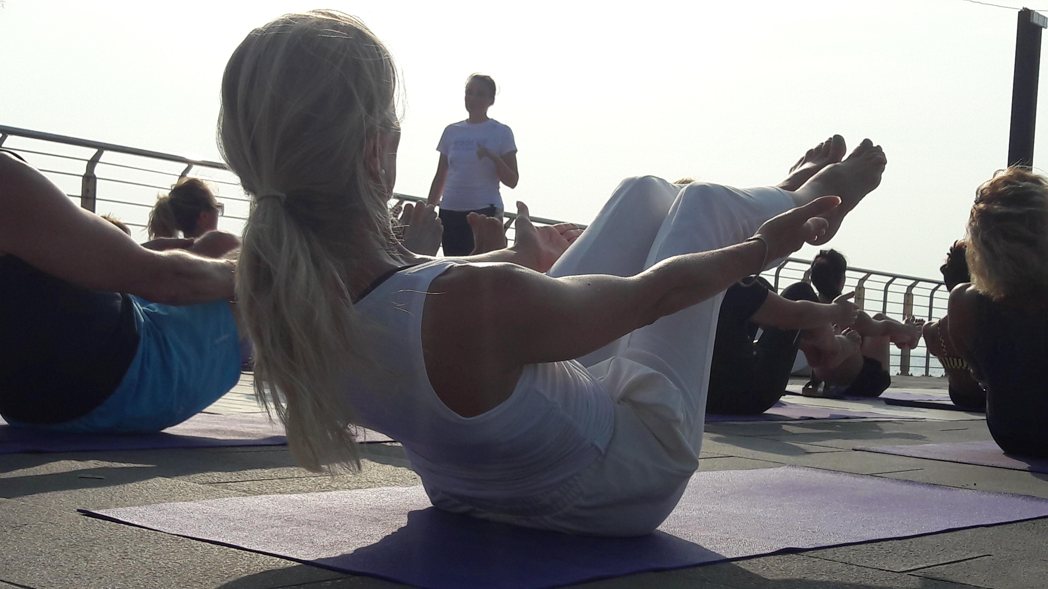 essere-free-yoga-gratuito-benessere-per-tutti-village-citta-alassio-estate-lucia-ragazzi-summer-town-wellness-100