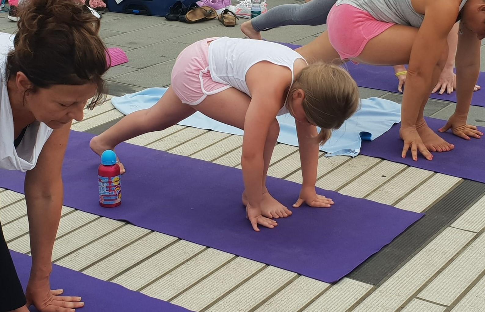 essere-free-yoga-gratuito-benessere-per-tutti-village-citta-alassio-estate-lucia-ragazzi-summer-town-wellness-123