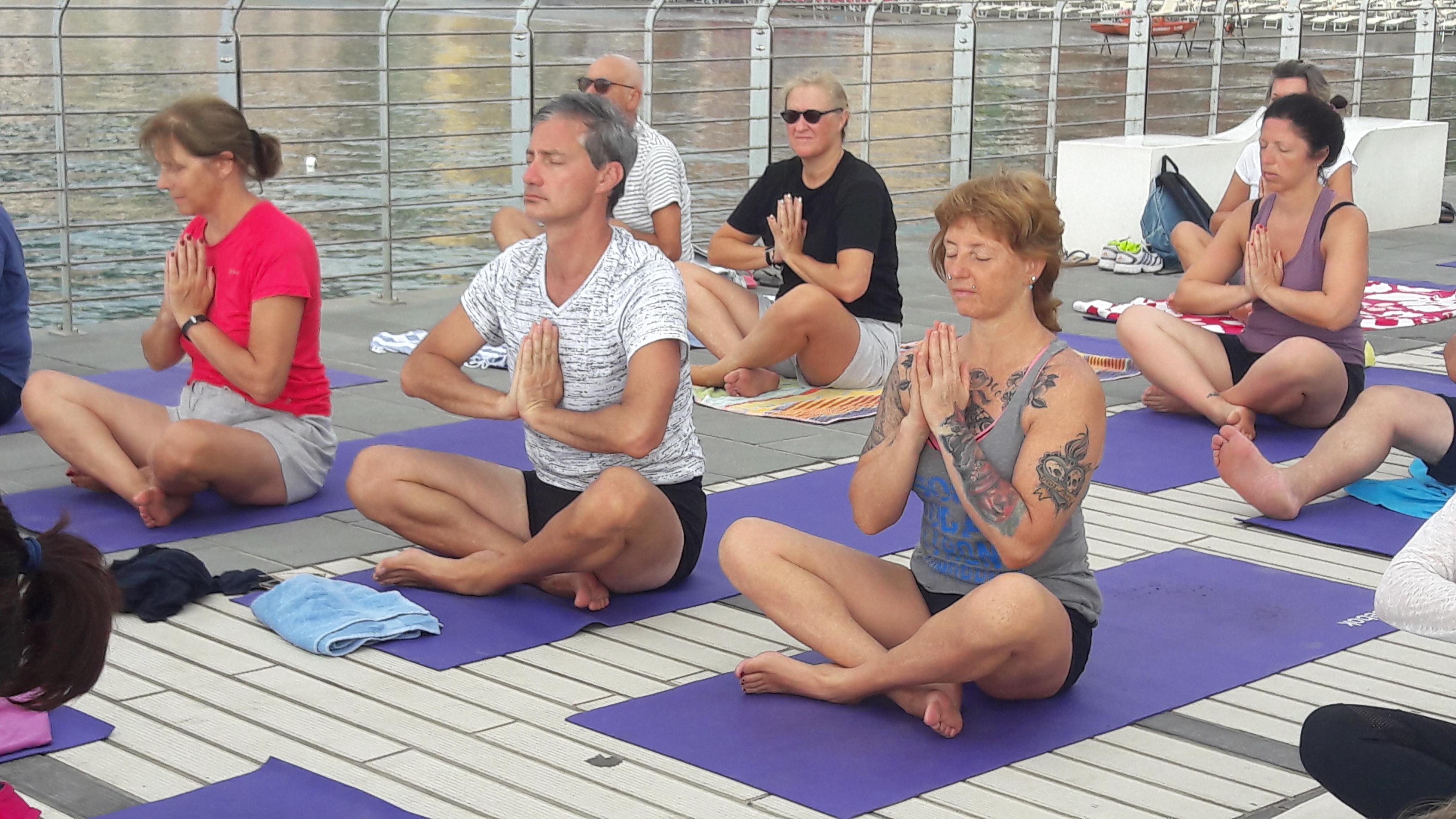essere-free-yoga-gratuito-benessere-per-tutti-village-citta-alassio-estate-lucia-ragazzi-summer-town-wellness-47
