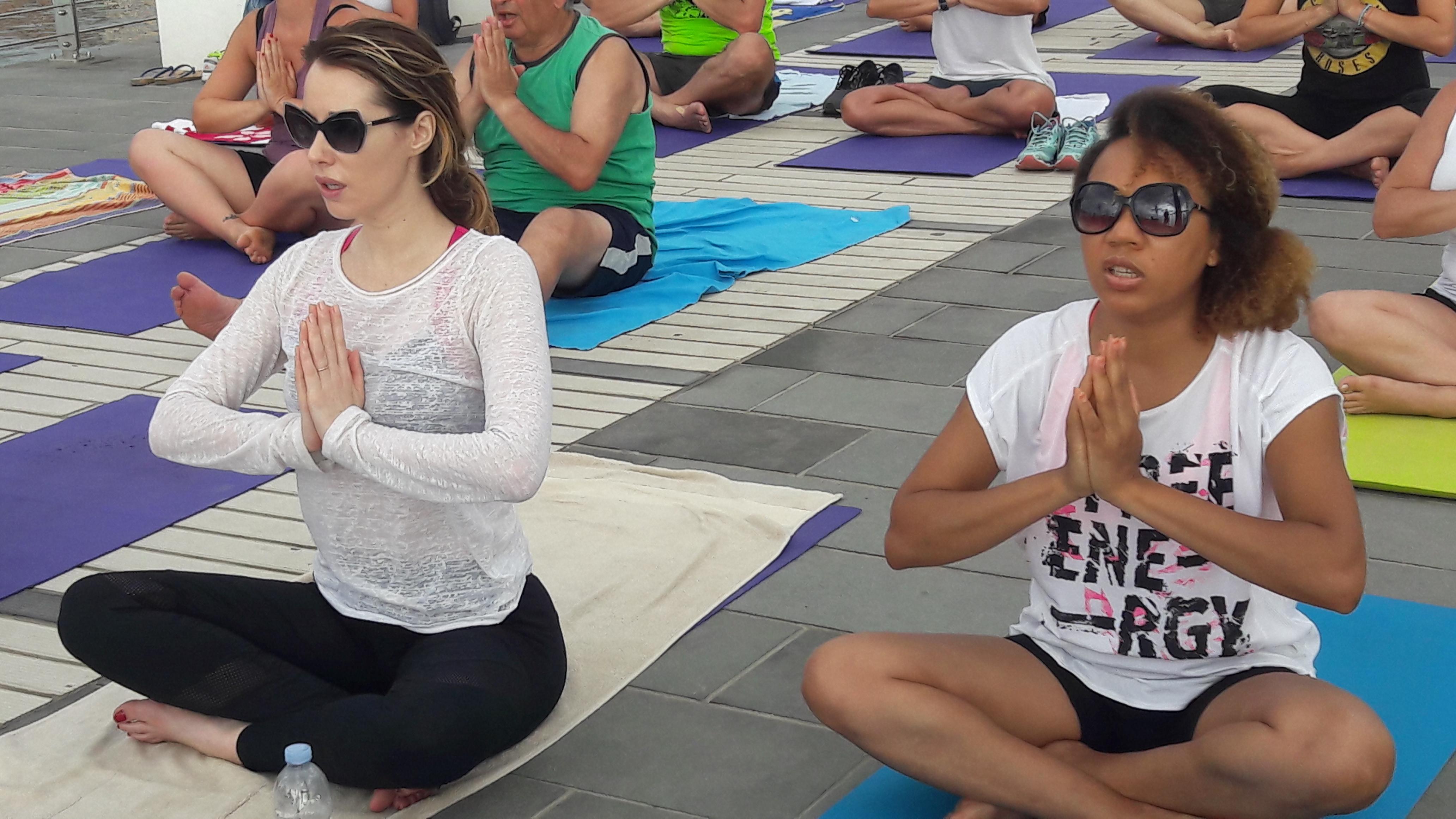 essere-free-yoga-gratuito-benessere-per-tutti-village-citta-alassio-estate-lucia-ragazzi-summer-town-wellness-50