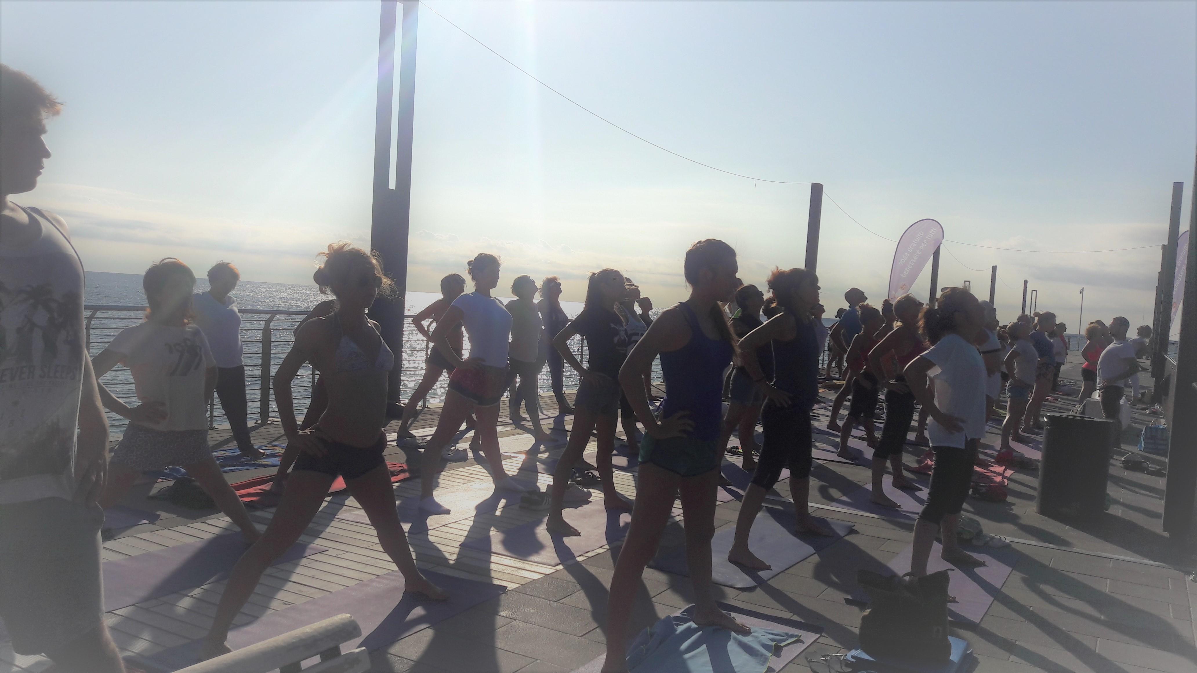essere-free-yoga-gratuito-benessere-per-tutti-village-citta-alassio-estate-lucia-ragazzi-summer-town-wellness-60