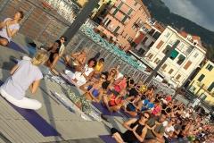 1_essere-free-yoga-gratuito-benessere-per-tutti-village-citta-alassio-estate-lucia-ragazzi-summer-town-wellness-101