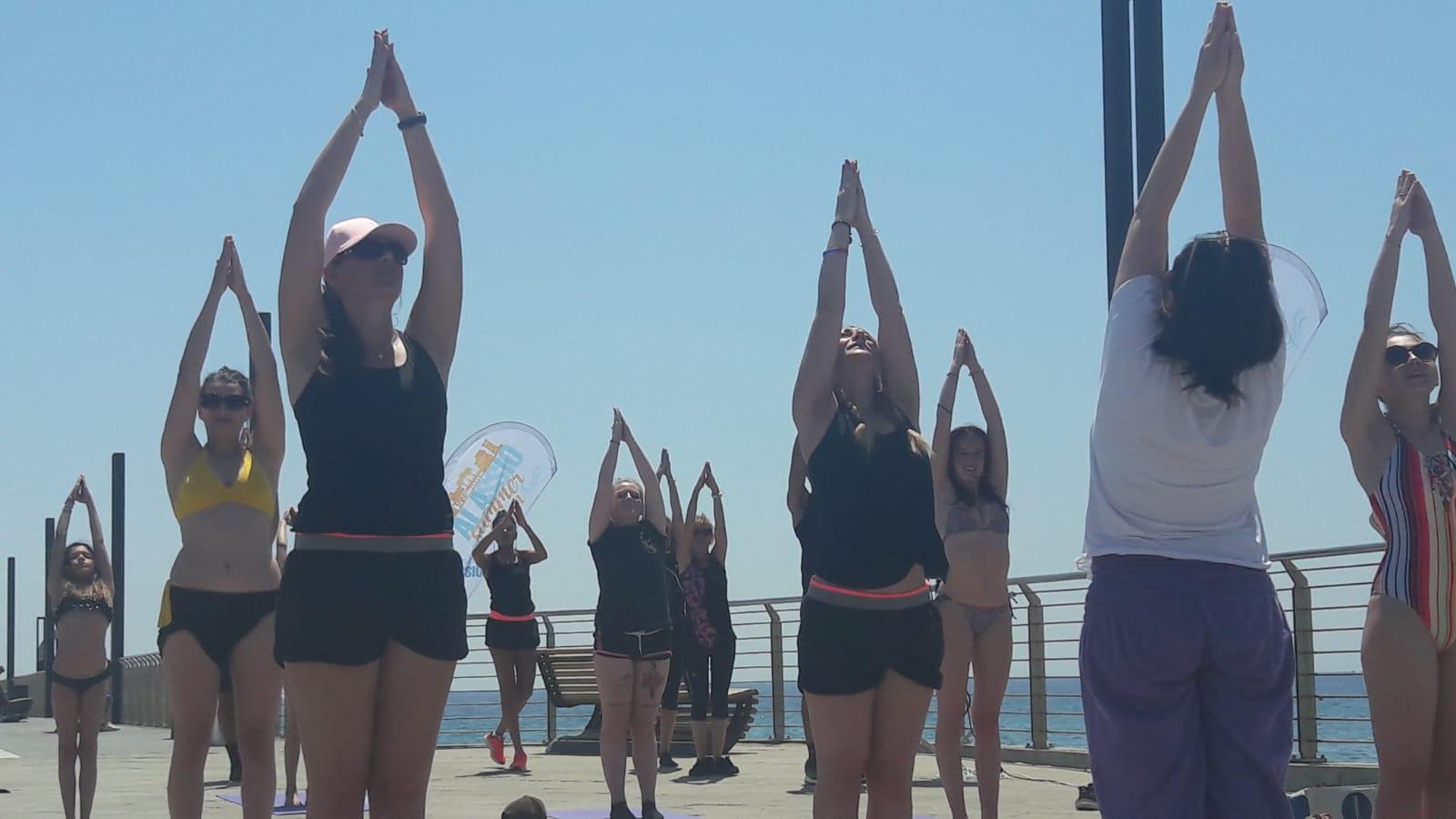 1_essere-free-yoga-gratuito-benessere-per-tutti-village-citta-alassio-estate-lucia-ragazzi-summer-town-wellness-070