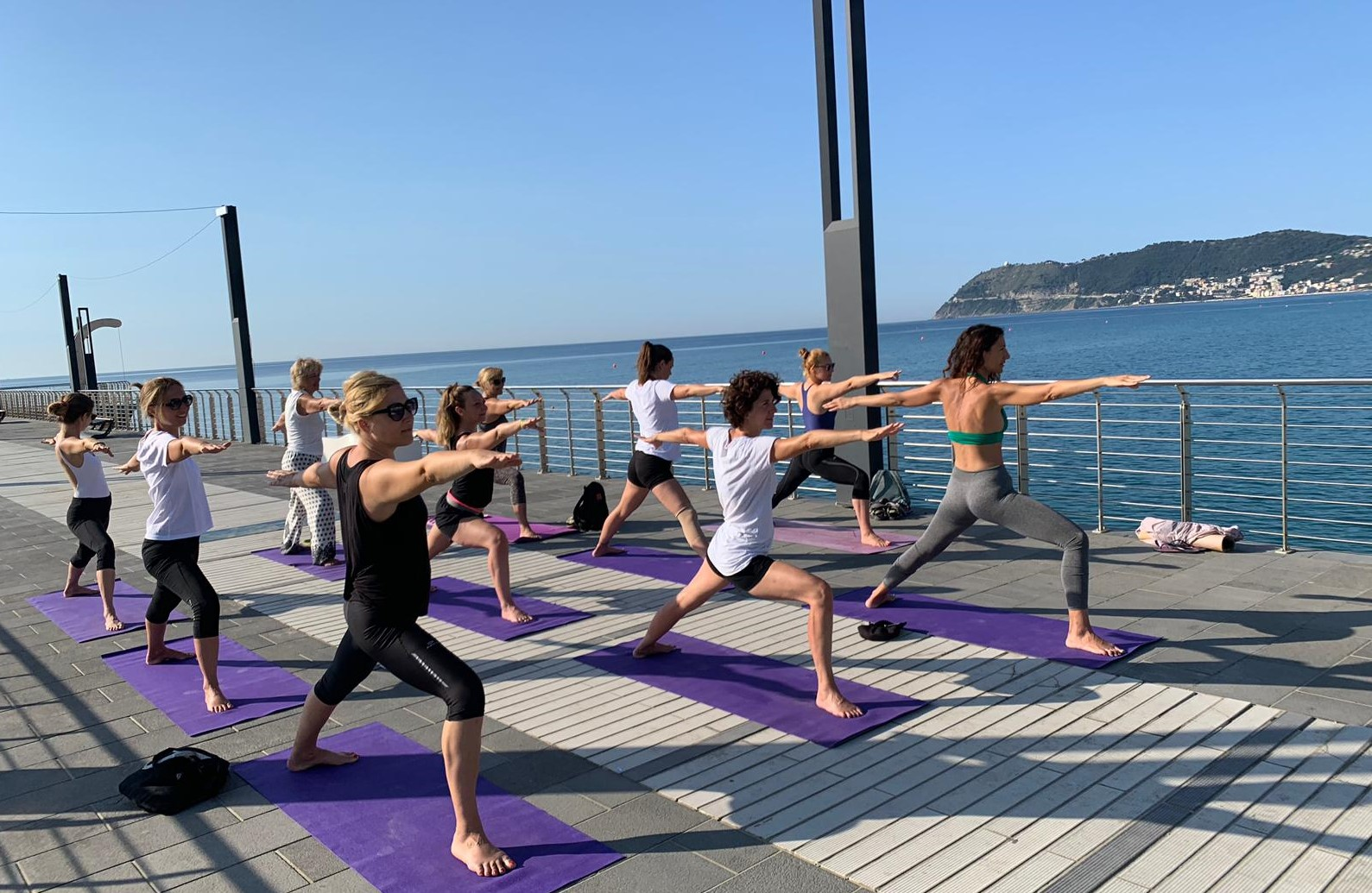 1_essere-free-yoga-gratuito-benessere-per-tutti-village-citta-alassio-estate-lucia-ragazzi-summer-town-wellness-073