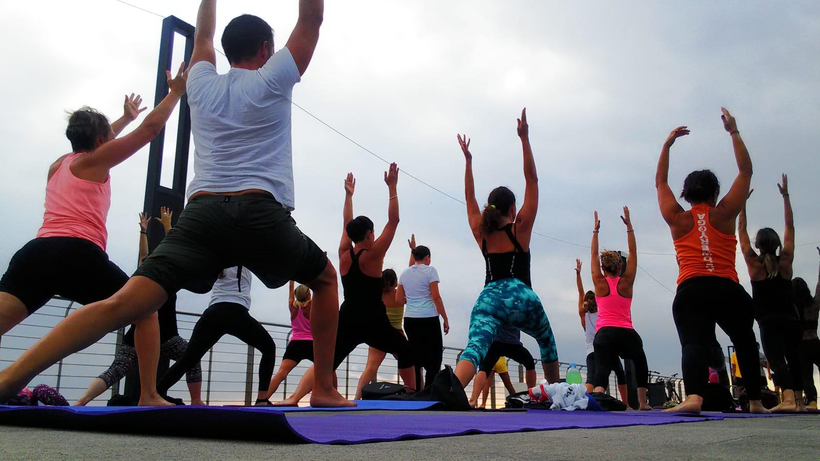 1_essere-free-yoga-gratuito-benessere-per-tutti-village-citta-alassio-estate-lucia-ragazzi-summer-town-wellness-090