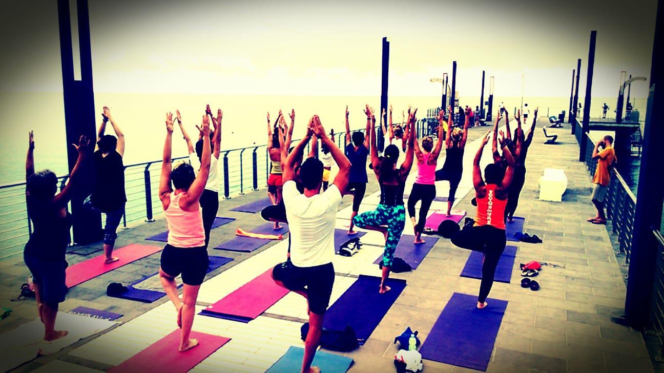 1_essere-free-yoga-gratuito-benessere-per-tutti-village-citta-alassio-estate-lucia-ragazzi-summer-town-wellness-092
