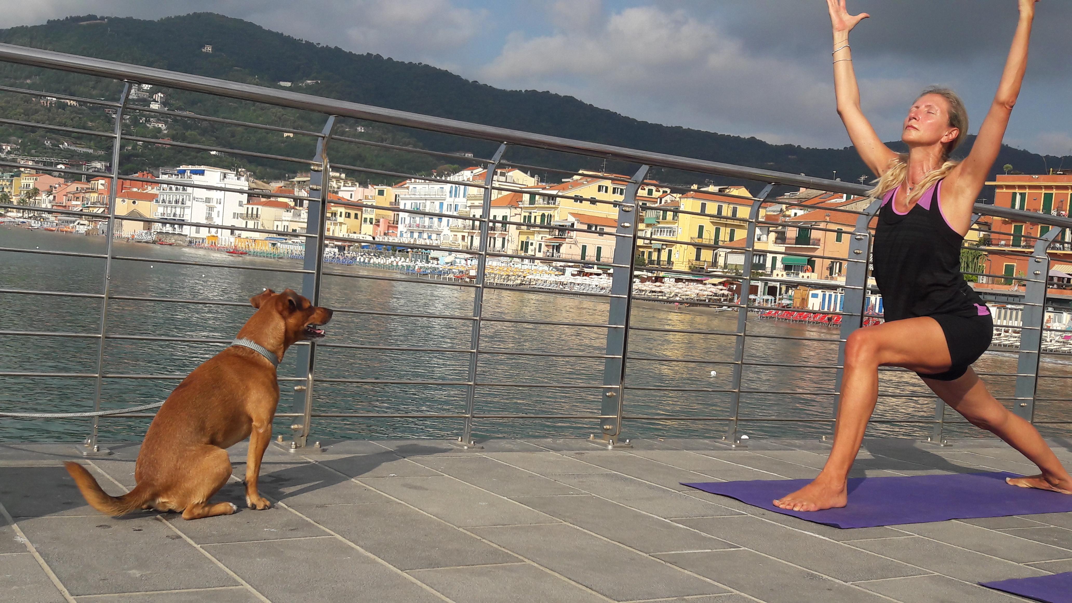 essere-free-yoga-gratuito-benessere-per-tutti-village-citta-alassio-estate-lucia-ragazzi-summer-town-wellness-058