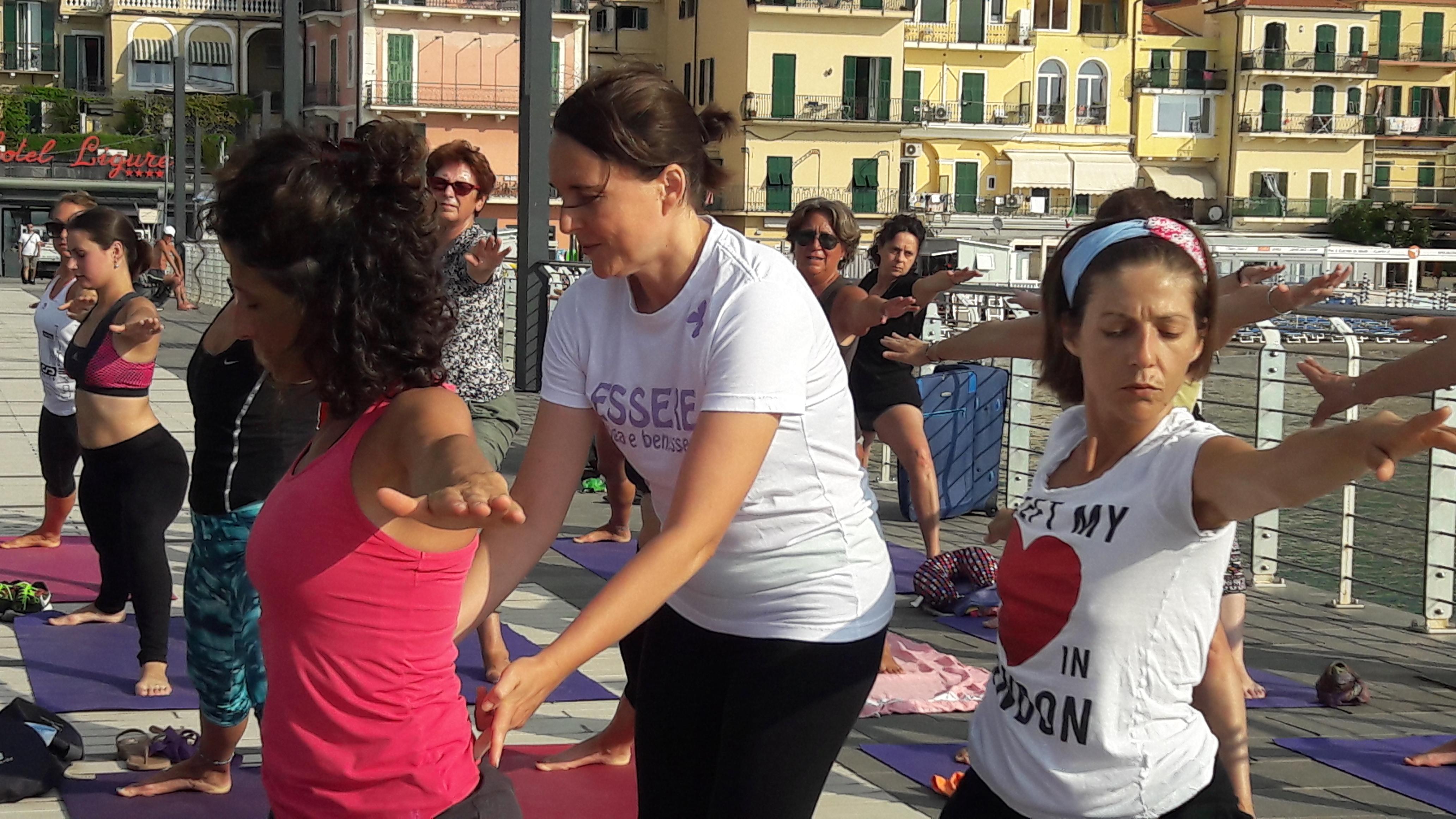 essere-free-yoga-gratuito-benessere-per-tutti-village-citta-alassio-estate-lucia-ragazzi-summer-town-wellness-061