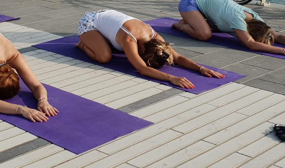 essere-free-yoga-gratuito-benessere-per-tutti-village-citta-alassio-estate-lucia-ragazzi-summer-town-wellness-078