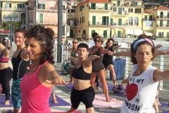 1_essere-free-yoga-gratuito-benessere-per-tutti-village-citta-alassio-estate-lucia-ragazzi-summer-town-wellness-062