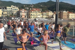 essere-free-yoga-gratuito-benessere-per-tutti-village-citta-alassio-estate-lucia-ragazzi-summer-town-wellness-13