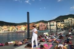 essere-free-yoga-gratuito-benessere-per-tutti-village-citta-alassio-estate-lucia-ragazzi-summer-town-wellness-16