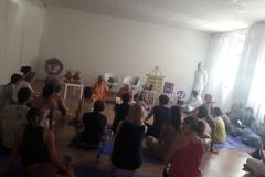 essere-free-yoga-gratuito-benessere-per-tutti-village-citta-alassio-estate-lucia-ragazzi-summer-town-bhakti-guru-swami-6