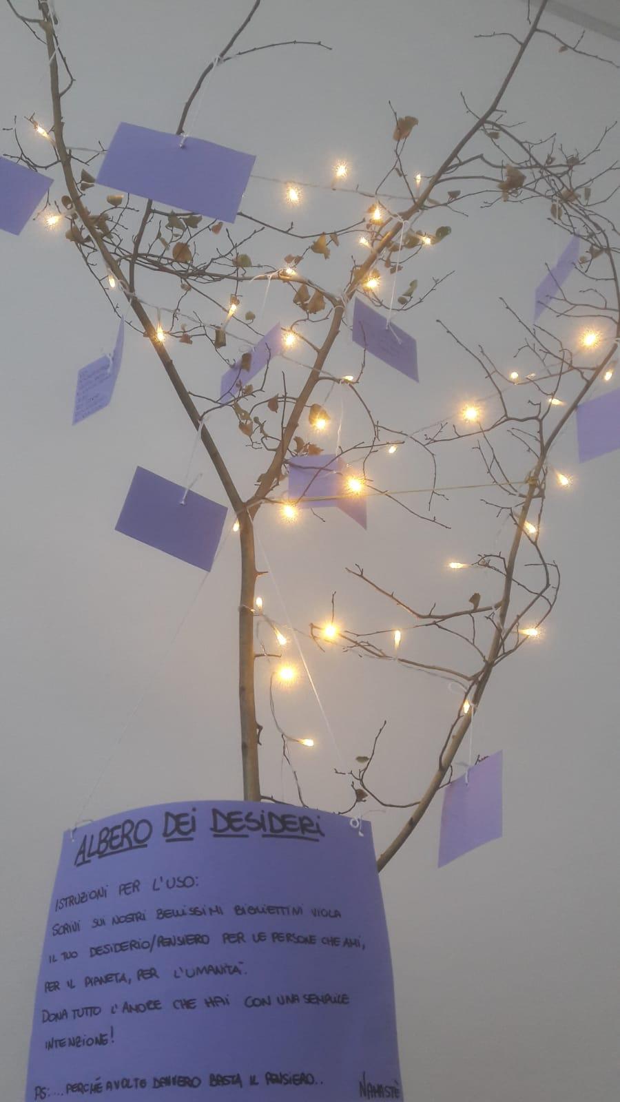eyeb essere yoga e benessere alassio natale 2018 - albero dei desideri