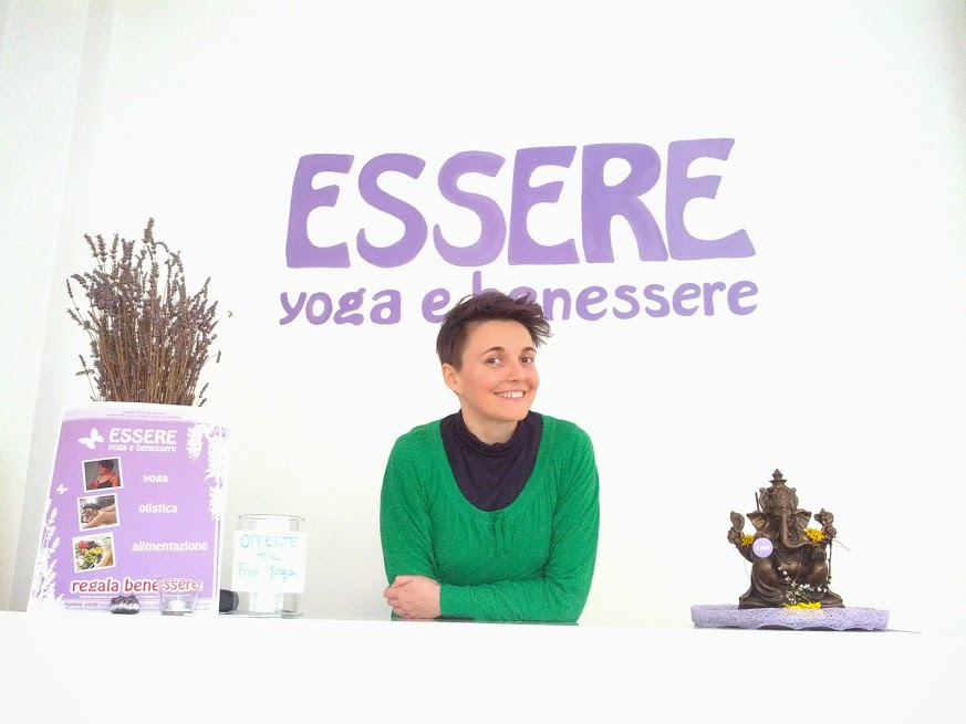 -essere-free-yoga-gratuito-benessere-per-tutti-village-citta-alassio-visit-lucia-ragazzi-town-wellness-regaliamo-wellbeing-olistica-alimentazione-