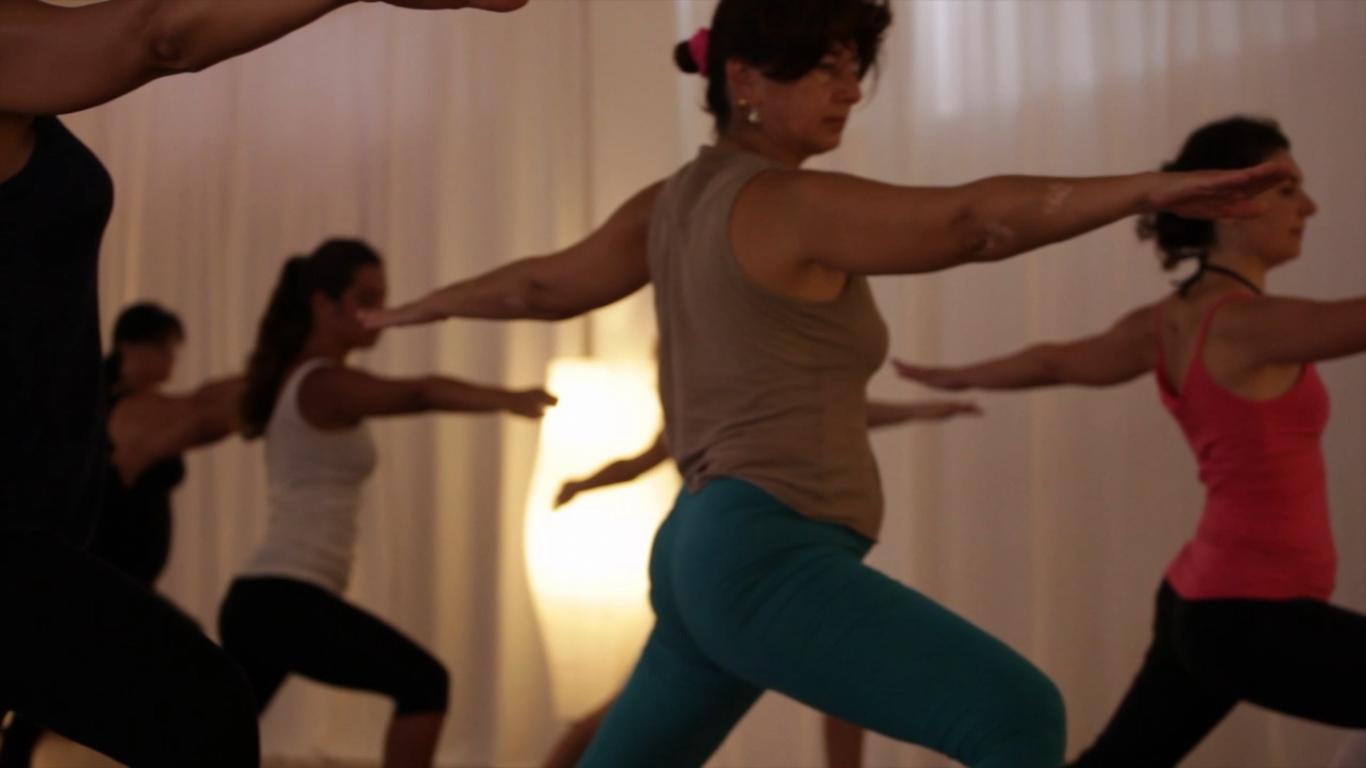 essere-free-yoga-gratuito-benessere-per-tutti-village-citta-alassio-visit-lucia-ragazzi-town-wellness-regaliamo-wellbeing-olistica-alimentazione-orario-schedule-5