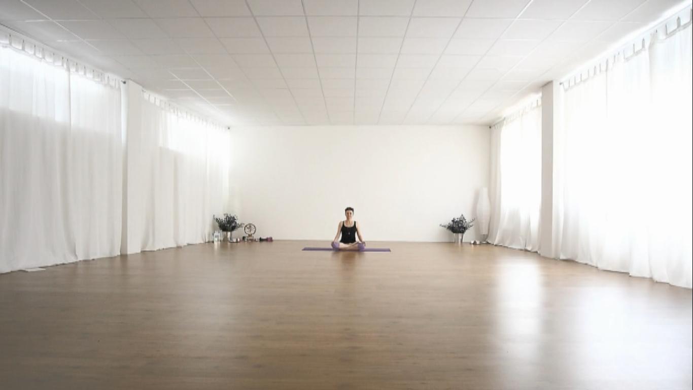 essere-free-yoga-gratuito-benessere-per-tutti-village-citta-alassio-visit-lucia-ragazzi-town-wellness-regaliamo-wellbeing-olistica-alimentazione-orario-schedule-6
