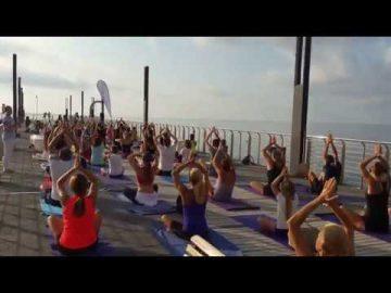 yoga al mare - Free Yoga Village - Alassio 2019 - Essere Yoga e Benessere - Lucia Ragazzi