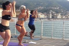 2-essere-free-yoga-gratuito-benessere-per-tutti-village-citta-alassio-estate-lucia-ragazzi-summer-town-wellness-022
