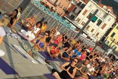 5-essere-free-yoga-gratuito-benessere-per-tutti-village-citta-alassio-estate-lucia-ragazzi-summer-town-wellness-101-bis