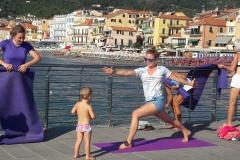 7-essere-free-yoga-gratuito-benessere-per-tutti-village-citta-alassio-estate-lucia-ragazzi-summer-town-wellness-76-bis
