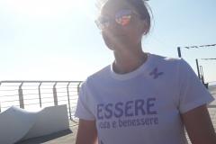 lucia-essere-free-yoga-gratuito-benessere-per-tutti-village-citta-alassio-estate-lucia-ragazzi-summer-town-wellness-1002