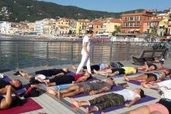 essere-free-yoga-gratuito-benessere-per-tutti-village-citta-alassio-estate-lucia-ragazzi-summer-town-wellness-6