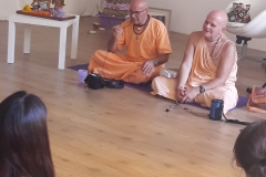 essere-free-yoga-gratuito-benessere-per-tutti-village-citta-alassio-estate-lucia-ragazzi-summer-town-bhakti-guru-swami-12