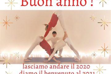 auguri-2021-inizio-anno-meditazione-essere-yoga-benessere-pratica-gratuito-lucia-ragazzi-free